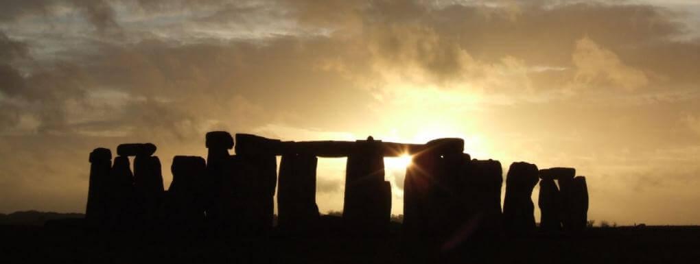 Dépression saisonnière et solstice. Depuis des millénaires, l'homme étudie les cycles cosmiques et leurs correspondances à l'échelle individuelle.