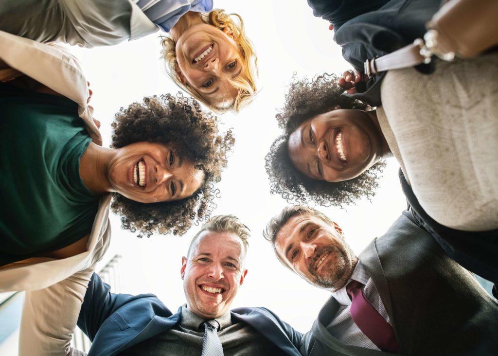 Les gens heureux, créent des cercles vertueux autour d'eux